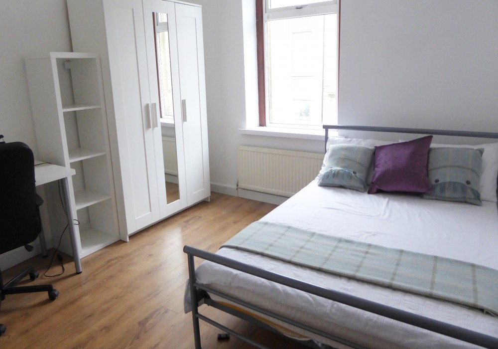 14P Bedroom 2