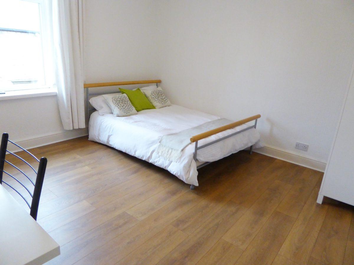 Bradshaw St Bedroom