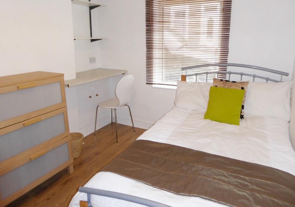 34G Bedroom 2