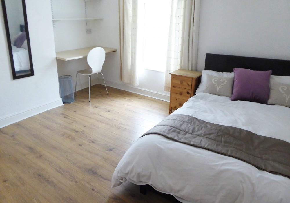 34 Gregson Bedroom
